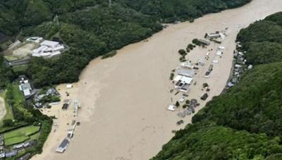 Mưa lũ nghiêm trọng ở Nhật Bản, hàng chục người mất tích