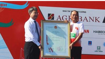 Quảng Ngãi: Đón nhận bảng chứng nhận Chỉ dẫn địa lý tỏi Lý Sơn