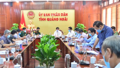 Thứ trưởng Bộ Y tế làm việc với Quảng Ngãi về công tác phòng, chống Covid-19