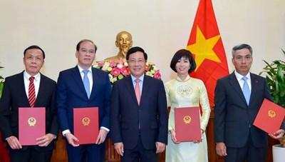 Trao quyết định bổ nhiệm 4 tân Đại sứ, Tổng Lãnh sự