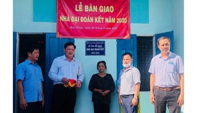 Bình Định: Các Khối thi đua bàn giao nhà Đại đoàn kết năm 2020