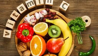 Thừa hay thiếu vitamin C đều gây hại