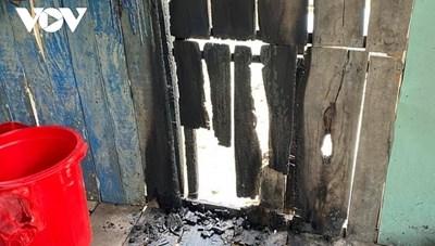 Truy tìm kẻ phóng hỏa đốt nhà, bỏ thuốc trừ sâu vào lu nước