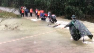 Sạt lở thủy điện Rào Trăng 3: Tập trung mọi nguồn lực cứu người