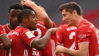 Bundesliga: Bayern tiếp tục 'hủy diệt', Dortmund thắng derby vùng Ruhr