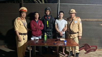 Bắt giữ 2 thanh niên mua bán, vận chuyển ma túy từ Nghệ An tại Đắk Lắk
