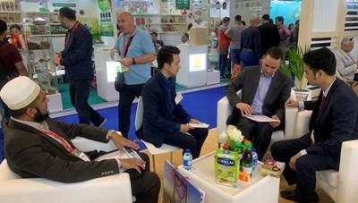 Vinamilk ký kết hợp đồng xuất khẩu sữa trị giá hàng chục triệu USD