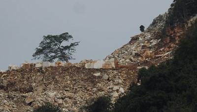 Quỳ Hợp (Nghệ An): Khoáng sản bị khai thác trái phép