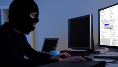 Cảnh giác với email và điện thoại lừa đảo