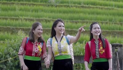 Á quân Sao Mai 2013 Đinh Trang chinh phục người nghe khi hát 'Tình em' với phong cách thính phòng
