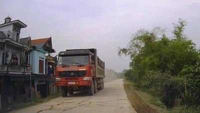 Thanh Hóa: Tỉnh lộ kêu cứu vì xe quá tải