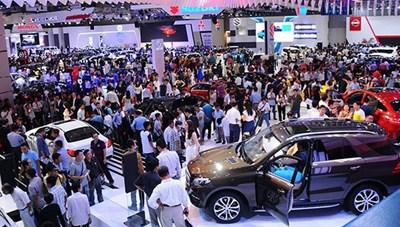 Doanh số bán hàng của thị trường ô tô tăng 70%
