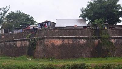 Bí thư Tỉnh ủy Thừa Thiên – Huế viết thư kêu gọi ủng hộ người nghèo trong cuộc di dân ở Kinh thành Huế