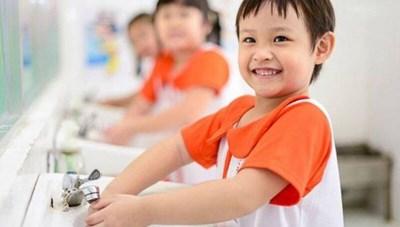 'Kiềng 3 chân' bảo vệ trẻ thơ an toàn trước dịch bệnh viêm phổi do Covid-19