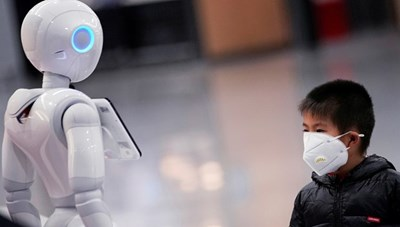 Trung Quốc điều robot khử trùng đến các bệnh viện trong vùng dịch