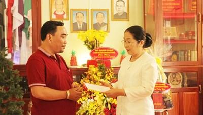 Lãnh đạo TP Hồ Chí Minh thăm gia đình cố Linh mục Nguyễn Công Danh