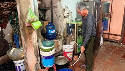 Người dân bên bờ sông Mã 'khát' nước sạch