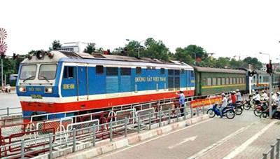 Tăng cường bảo đảm trật tự an toàn giao thông đường sắt