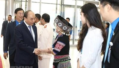 [ẢNH] Thủ tướng Nguyễn Xuân Phúc đối thoại với thanh niên