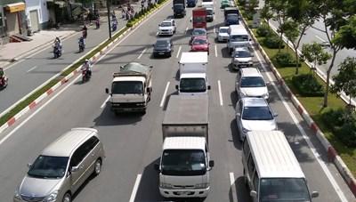 Đề án thu phí ô tô vào trung tâm TP Hồ Chí Minh: Đề xuất gây băn khoăn