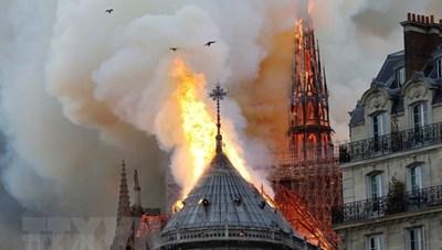 Nồng độ chì cao xung quanh khu vực vụ cháy Nhà thờ Đức Bà Paris