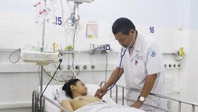Áp dụng kỹ thuật cao cứu chữa kịp thời bé trai mắc bệnh nguy hiểm