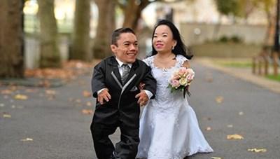 Cặp đôi lùn nhất thế giới làm đám cưới
