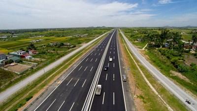 Dự án Cao tốc Bắc-Nam: Không được dùng toàn bộ tiền ngân hàng lập dự án BOT