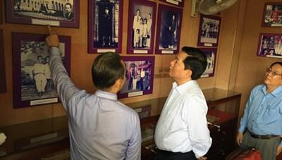 Khánh thành tượng chân dung cố Luật sư Nguyễn Hữu Thọ