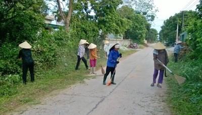 MTTQ xã Thọ Hải tích cực tuyên truyền người dân làm sạch môi trường