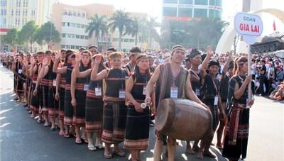 ẢNh: Náo nhiệt Lễ hội đường phố tại Buôn Ma Thuột