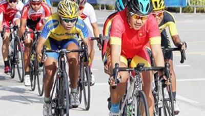 Nguyễn Thị Thật mở hàng cho xe đạp Việt Nam