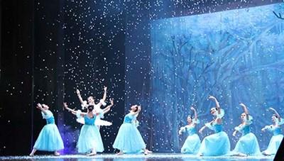 Nhà hát Nhạc Vũ Kịch Việt Nam trình diễn vở ballet 'Kẹp hạt dẻ' phiên bản gốc