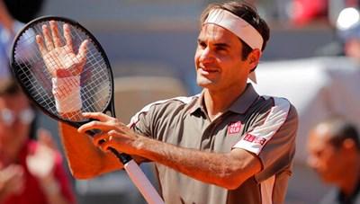 Roland Garros 2019: Nadal, Federer cùng vào tứ kết