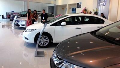 Thị trường ô tô nội địa tăng tốc