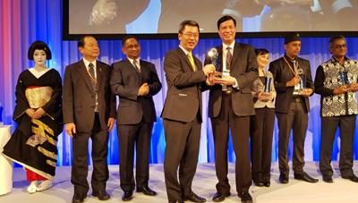 Tỉnh Quảng Ninh nhận giải thưởng ASOCIO dành cho Chính quyền số xuất sắc tại Nhật Bản