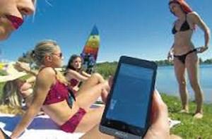 Bikini thông minh ngăn cháy nắng