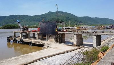 Thanh Hóa: Nhiều cầu cảng tự phát, người dân bất bình