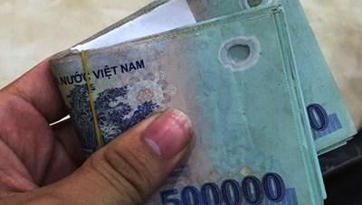 Bình Dương: Bắt quả tang một công an có hành vi nhận hối lộ