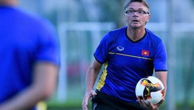 HLV Philippe Troussier tự tin U19 Việt Nam vào tới tứ kết CVK U19 châu Á