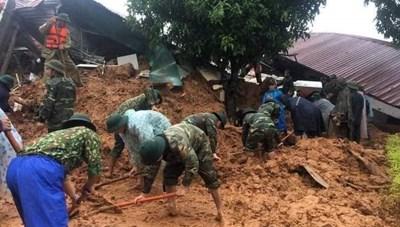 [Infographics] Sạt lở đất ở Quảng Trị: 22 cán bộ, chiến sĨ bị vùi lấp