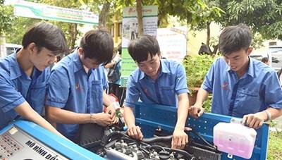 Đào tạo văn hóa trong trường nghề: Vẫncòn 'vênh' nhau