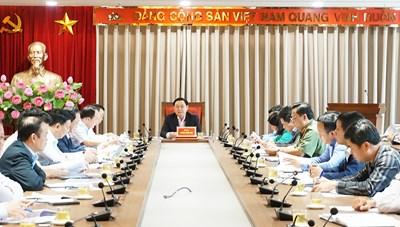 Thành ủy Hà Nội họp khẩn xử lý vụ việc bãi rác Nam Sơn