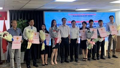 TP HCM trao 1.000 Giấy chứng nhận cho nhà đầu tư