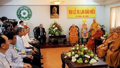 Phó Thủ tướng Thường trực Chính phủ chúc mừng lễ Vu Lan báo hiếu