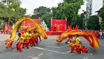 Liên hoan nghệ thuật múa rồng Hà Nội