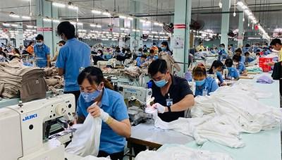 TP Hồ Chí Minh: Hỗ trợ doanh nghiệp, người lao động vượt khó