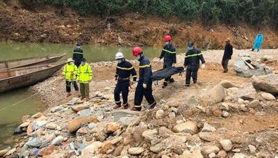 Tiếp tục tìm kiếm nạn nhân mất tích tại Thủy điện Rào Trăng 3