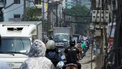 [ẢNH] Ùn tắc, ô nhiễm môi trường tại đường Vũ Trọng Phụng, Hà Nội