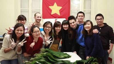 Bộ GDĐT tìm giải pháp hỗ trợ du học sinh Việt Nam tại Mỹ